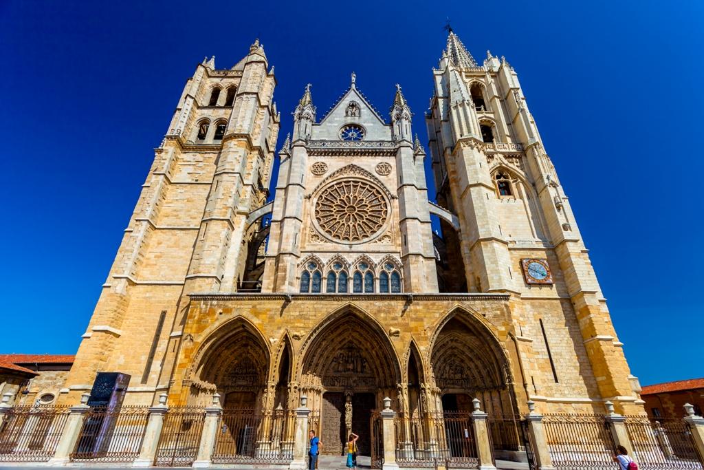 катедрала в Испания