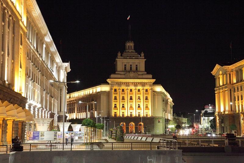 централните части на София през нощта